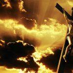 قصة الصليب.. من الخيانة إلى القيامة