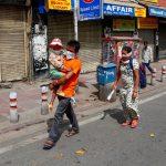 الهند تمدد الإغلاق لأسبوعين مع تخفيف بعض القيود