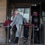 كندا تسجل 1127 إصابة جديدة بكورونا