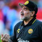 مارادونا يمدد عقده مع خيمناسيا