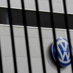 مصنعو سيارات ألمان أجروا «مكالمة أزمة» مع ميركل