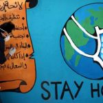 فنان تشكيلي يجسد مخاطر كورونا على جداريات في المغرب