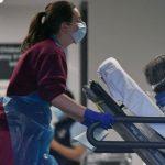 بريطانيا تسجل 24470 إصابة جديدة بكورونا