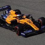 الإسباني ساينز يقود لفيراري في فورمولا 1 بديلا لفيتل
