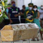 البرازيل تُسجّل رقم قياسي جديد في وفيات كورونا