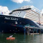 عزل 3 آلاف فرد من طاقم سفينة سياحية ألمانية