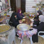الكعك والفسيخ من أبرز طقوس مائدة عيد الفطر في غزة
