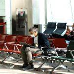 مطار دبي يتوقع زيادة حركة المسافرين مع تخفيف الإمارات قيود السفر