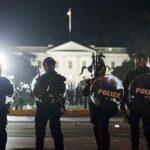 الأمم المتحدة تحث الشرطة الأمريكية على ضبط النفس
