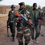 مسؤولون محليون: مسلحون مجهولون يقتلون 27 قرويا على الأقل في مالي