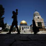 الاحتلال يعيق وصول المصلين للأقصى بالجمعة الأولى من رمضان