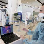 السعودية تجعل التطعيم من كورونا شرطا إلزاميا للحضور لمقرات العمل