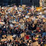 مظاهرات بمدن أوروبية وأسترالية دعما للسود