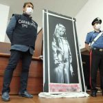 مصدر: فرنسا تعتقل ستة أشخاص بشأن سرقة جدارية لبانكسي