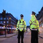 الشرطة البريطانية تعتقل 39 من نشطاء المناخ بعدما أغلقوا ميناء دوفر