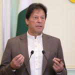 خان يتهم الهند بالمسؤولية عن الهجوم على بورصة باكستان