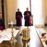 محمد بن زايد: نثمّن دعوة البابا فرنسيس للتعاون والتضامن الدوليين في التصدي لوباء كورونا