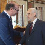 البرلمان التونسي ينظر سحب الثقة من الغنوشي