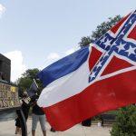 تغيير علم ولاية ميسيسيبي الأمريكية الذي يحمل شعار الكونفدرالية