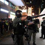 تايوانيون يغادرون هونج كونج بسبب خلاف على سياسة