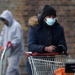 بريطانيا تسجل 825 وفاة جديدة بكورونا