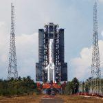 الصين تطلق أول مهمة فضائية لها إلى المريخ