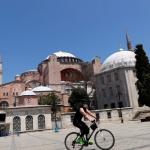 محكمة تركية تفتح الطريق لتحويل «آيا صوفيا» إلى مسجد