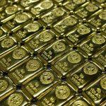 الذهب يقفز لمستوى قياسي بسبب تزايد الطلب على المعدن كملاذ آمن