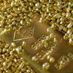 الذهب يحوم فوق 1800 دولار بفعل مخاوف كورونا وهبوط الدولار