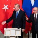 بوتين: هناك حاجة لحوار سلمي في سوريا