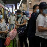 هونج كونج تأمر بوضع الكمامات في الأماكن العامة المغلقة
