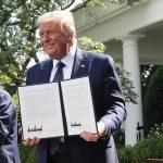 المكسيك تراهن على علاقة الود الحالية بين رئيسها وترامب