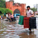 مقتل 10 في انهيارين أرضيين في نيبال بسبب السيول