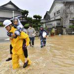 مصرع شخصين بسبب الفيضانات في اليابان