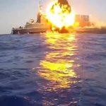 الجيش المصري يغرق سفينة في البحر المتوسط بضربة واحدة