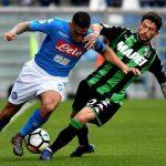 نابولي يفوز علي ساساولو بهدفين نظيفين في الدوري الإيطالي