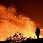 حريق بجنوب كاليفورنيا يجبر نحو ثمانية آلاف شخص على ترك منازلهم