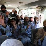 صمود وقف إطلاق النار في أفغانستان والإفراج عن مئات السجناء من طالبان