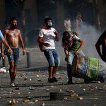 تجدد المواجهات بين متظاهرين وقوات الأمن في قلب بيروت