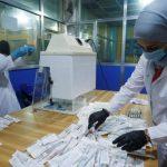 الخوف من كورونا ينعش المستشفيات الخاصة والطب البديل في العراق