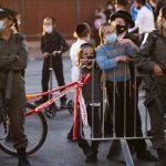 إسرائيل تقترب من الإغلاق الشامل للحد من انتشار فيروس كورونا