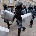 مسؤول: القوات الخاصة الأوكرانية تقتل رجلا احتجز شرطيا رهينة