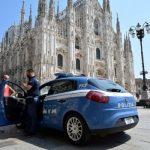 مسلح يحتجز حارسا في كاتدرائية ميلانو لفترة وجيزة