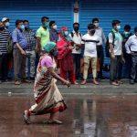 الهند تسجل 2.8 مليون إصابة بكورونا