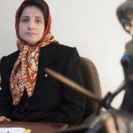 نقل محامية إيرانية مضربة عن الطعام من السجن إلى المستشفى