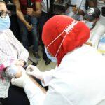 وزيرة الصحة المصرية تشارك في تجارب لقاح كورونا