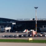 كلاب مدربة لاكتشاف المصابين بكورونا في مطار هلسنكي