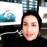 رسامة مصرية تحصل على جائزة دولية في فن الكاريكاتير