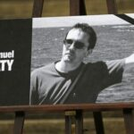 قاتل المدرس في فرنسا كان على اتصال بمسلحي سوريا