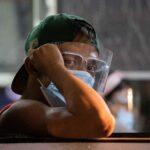 الفلبين تمدد حظر السفر لها للحد من انتشار السلالة الجديدة من كورونا